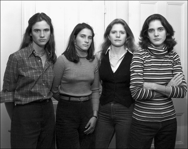 the four sisters Brown - 1977