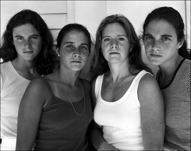the four sisters Brown - 1978