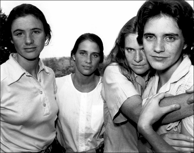 the four sisters Brown - 1980